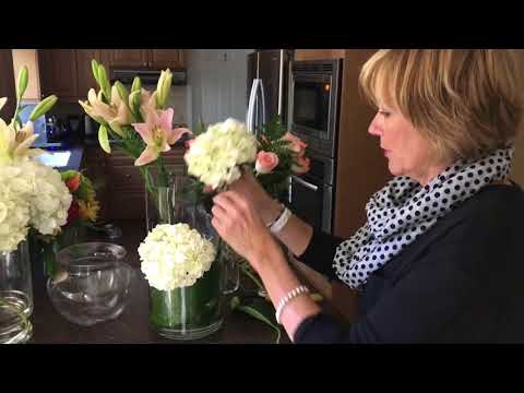 Four Arrangements You Can Make With Grocery Store Flowers