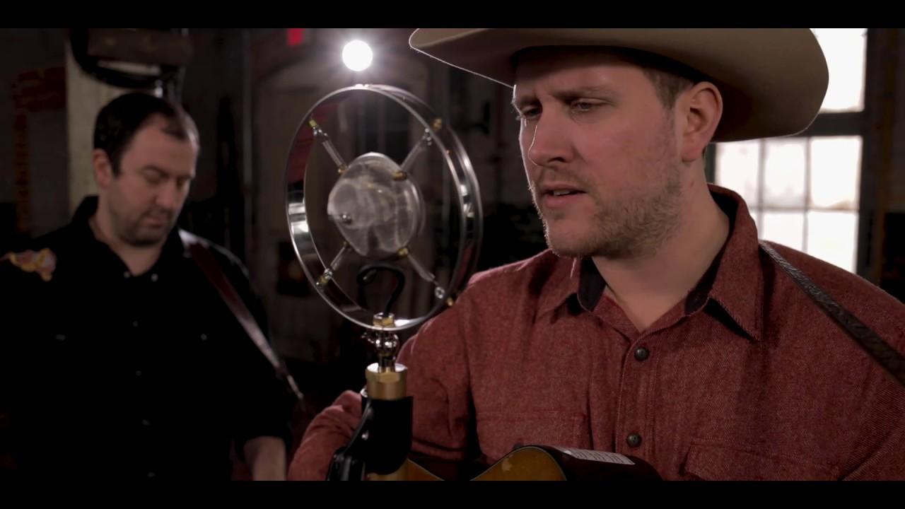 video: Zachary Lucky - Raining In December