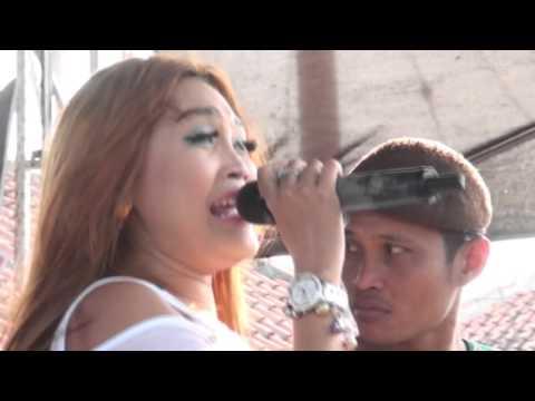 Gerange Tresna -  Desy Paraswaty - Naela Nada Live Gebang Udik