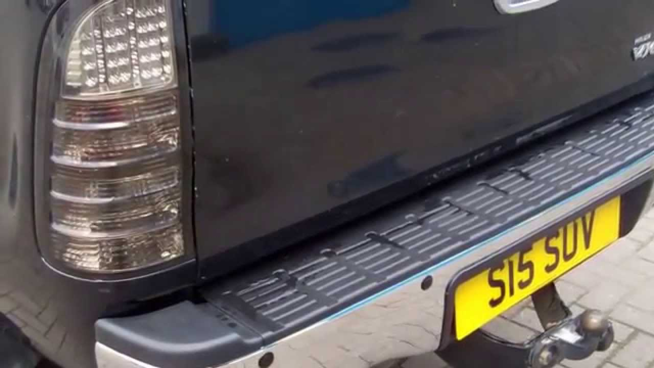 Toyota       Hilux    Mk6 Vigo Pickup Rear Bumper with Parking
