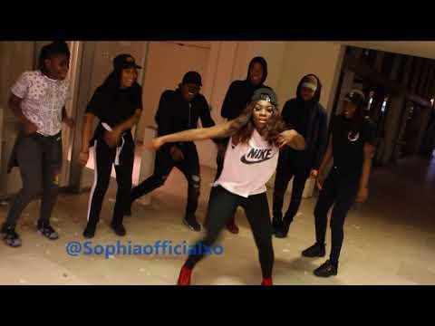 Mafikzolo ft uhuru Khona Dance cypher (s5)