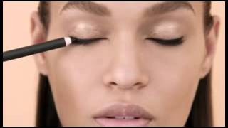 Estee Lauder - How to Create a Bold Wing Thumbnail