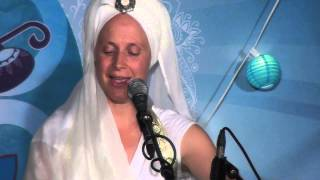 Snatam Kaur Sings 34 On This Day Long Time