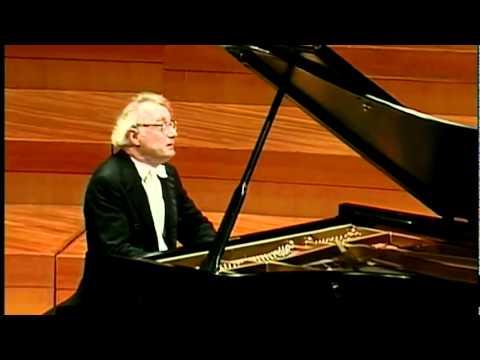 Beethoven Piano Sonata No.32 Op.111 -2mov(2/3) Alfred Brendel