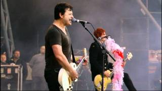 Manic Street Preachers - La tristesse durera (scream to a sigh) [Glastonbury 2007]