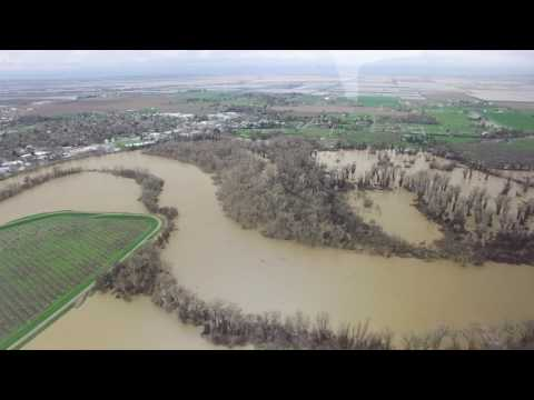Calif. Emergency Management Officials Survey River Systems & Flooded Areas