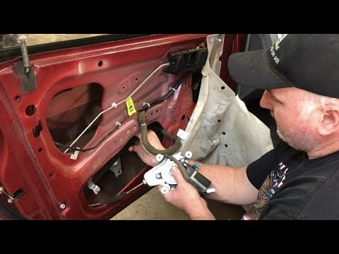 How to Replace a Power Window Motor / Regulator on a 2006 Suzuki Forenza