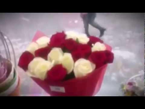 Букет из роз и лилий. Круглый букет с помощью сетки