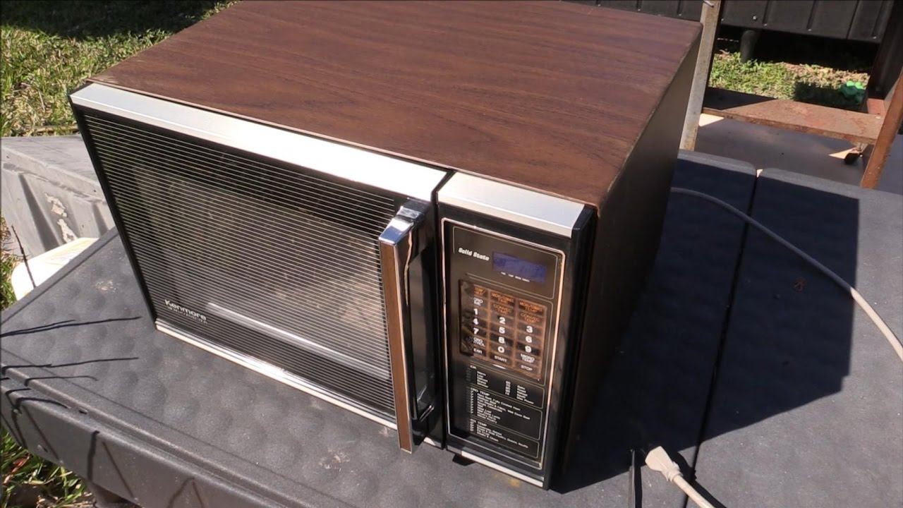 what s inside a vintage working kenmore microwave from 1983
