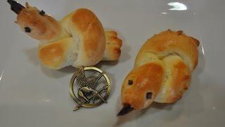The Hunger Games: Mockingjay Dinner Rolls - RECIPE Thumbnail