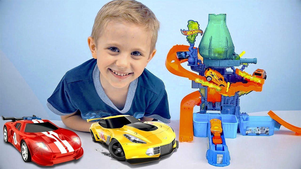 Машинки Хот Вилс (HOT WHEELS) Меняющие Цвет и Лаборатория ЦВЕТНОЙ ВСПЛЕСК. Color Shifters Color