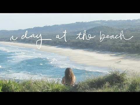 A DAY AT THE BEACH ♦  My Essentials