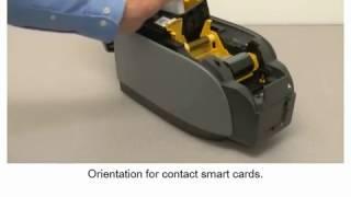 видео Принтер печати на пластиковых картах Zebra P100i
