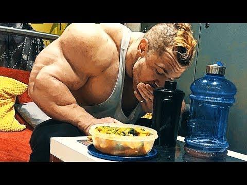 YOU GOTTA EAT LIKE A DOG - Bodybuilding Lifestyle Motivation