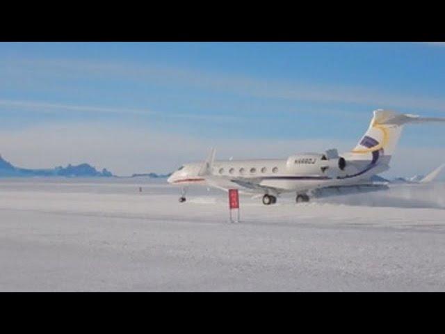 Un vuelo comercial chino aterriza por primera vez en la Antártida