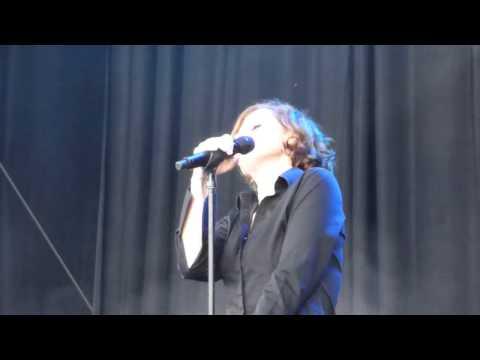 Alison Moyet - Nobody's Diary (Yazoo) (Live @ Suikerrock 2014)