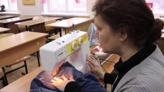 Штопка на швейной машине.(В этом уроке я расскажу Вам о том, как заштопать разорвавшуюся одежду, чтобы не испортить ее внешний вид., 2016-03-01T10:52:52.000Z)