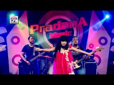 Kiki Anggun - Surat Merah (Official Music Video)