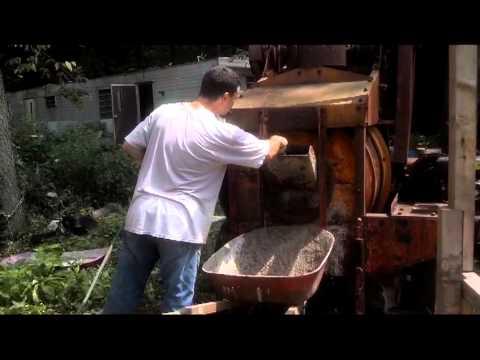 Jaeger Cement Mixer at work
