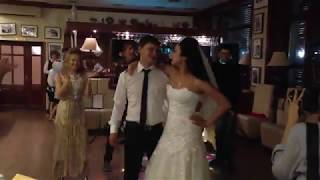 Танец для жениха от невесты и ее подружек