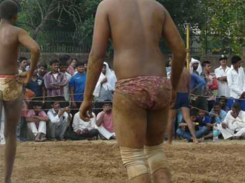 Mauranipur Dangal 2016   Wrestling video