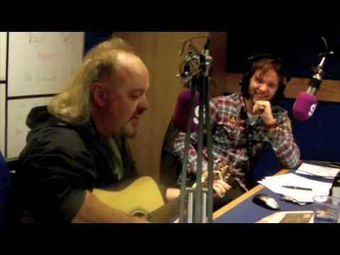 Bill Bailey Live Emoticon Song Twitter Facebook (Dublin's 98 Morning Crew)
