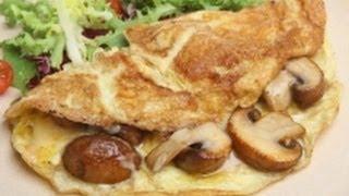 Osuna recibe en grande - Ensalada caprese, Copa de frutos rojos y Omelette de hongos