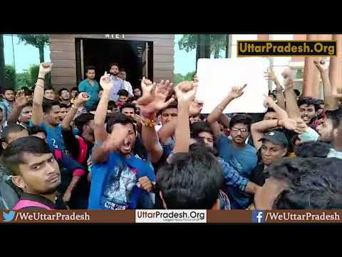 Noida NIET college : Protest by students Due to leave