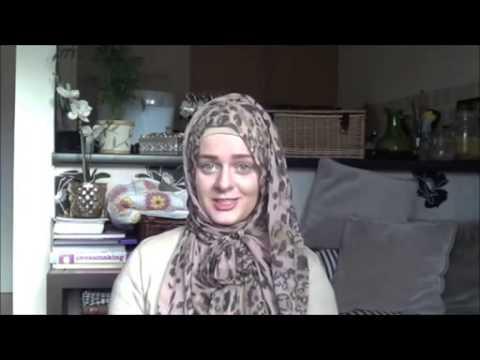 Christian Women in Australia Converts To Islam
