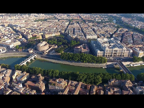 Flying a drone above Old Rome - August 2016