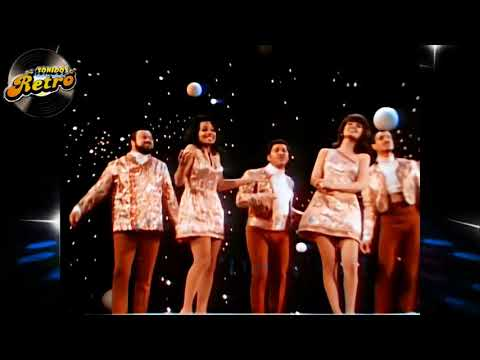 THE 5th DIMENSION -  AQUARIUS  LET THE SUNSHINE IN - Lyrics - HD HQ