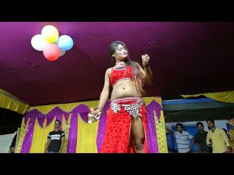Kamariya Kare Lapa Lap Bhojpuri Dance Video