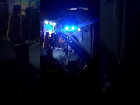 Download Microbuz lovit de tren la Gara Rosiesti