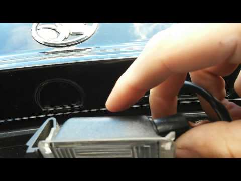 How to change a number plate light on a VY VZ