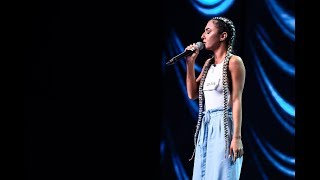A Great Big World - Say Something. Vezi cum cântă Karina Crăciun, la X Factor!