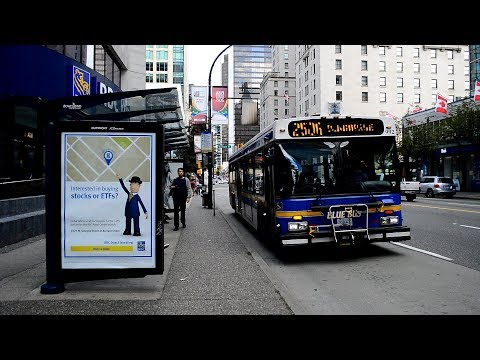 """Vancouver Translink WVMT 1999 New Flyer D40LF """"Blue Bus"""" 992 On The 250A @ W Georgia & Burrard Sts"""