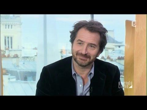 Interview et portrait d'Édouard Baer