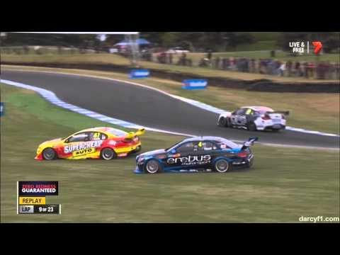V8 Supercars PhillipIsland 2014 Race2 Slade Crashes Into Holdsworth