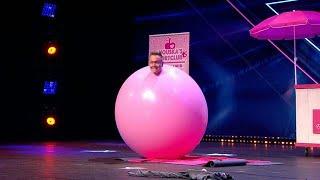 Evert van Asselt verrast met hilarische ballonact - HOLLAND'S GOT TALENT