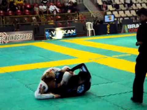 Andre Honda (Ryan) vs Erike Souza (Marcio Rodrigues)