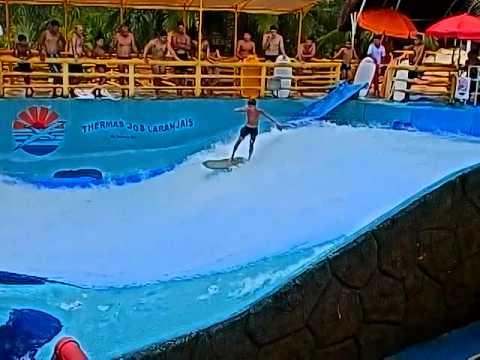 Olimpia sp thermas dos laranjais garoto no surf de for Olimpia piscina de onda