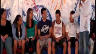 Repeat youtube video 2 Guys Kiss during Hypnosis Show - Hypnotist Mark Yuzuik