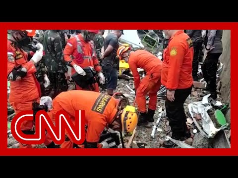 'Desperate' rescue efforts ongoing as Indonesia quake kills dozens