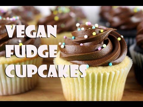 Vegan Fudge Cupcakes || Gretchen's Bakery