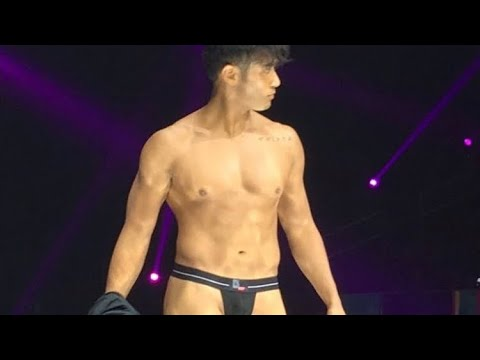 BENCH Under The Stars Part 22 - Rocco Nacino shows off his butt