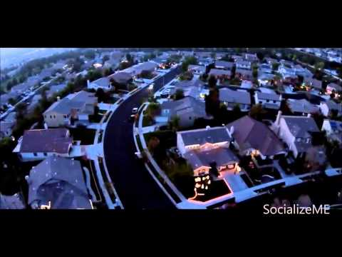 Best Neighborhood Synchronized Christmas Lights Show with Music in Yucaipa California - SocializeME