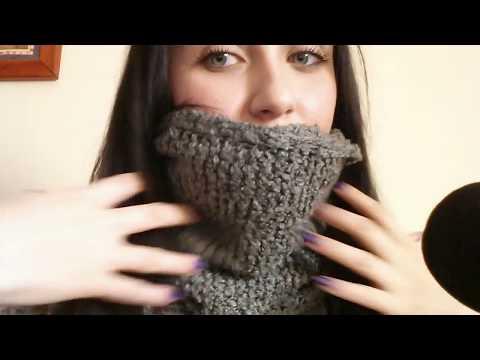 ASMR ITA: collezione di sciarpe (video richiesta)