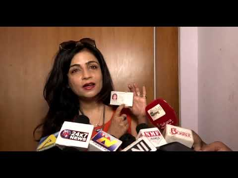 Latest Bollywood News -Chairman Of Iprs Distribute Rs 13 Crore-Bollywood Gossip 2018