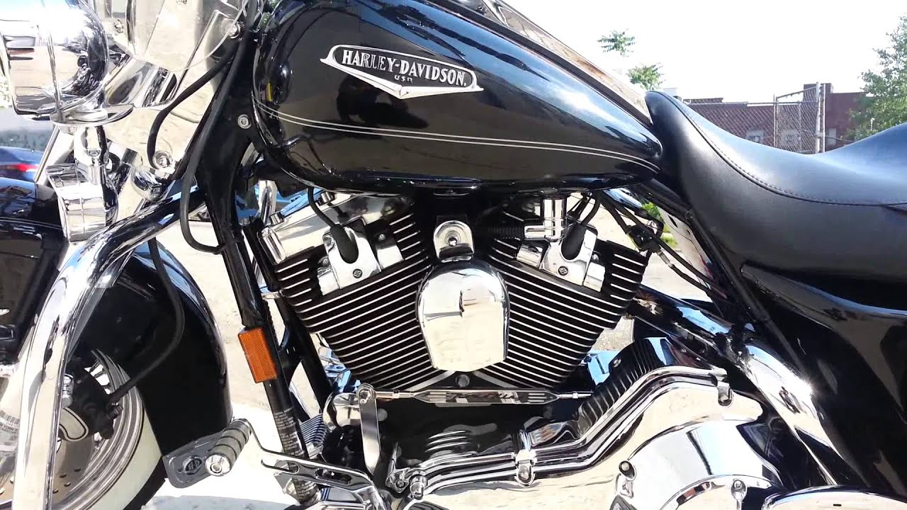 06 Harley Road King Engine Vibration Youtube