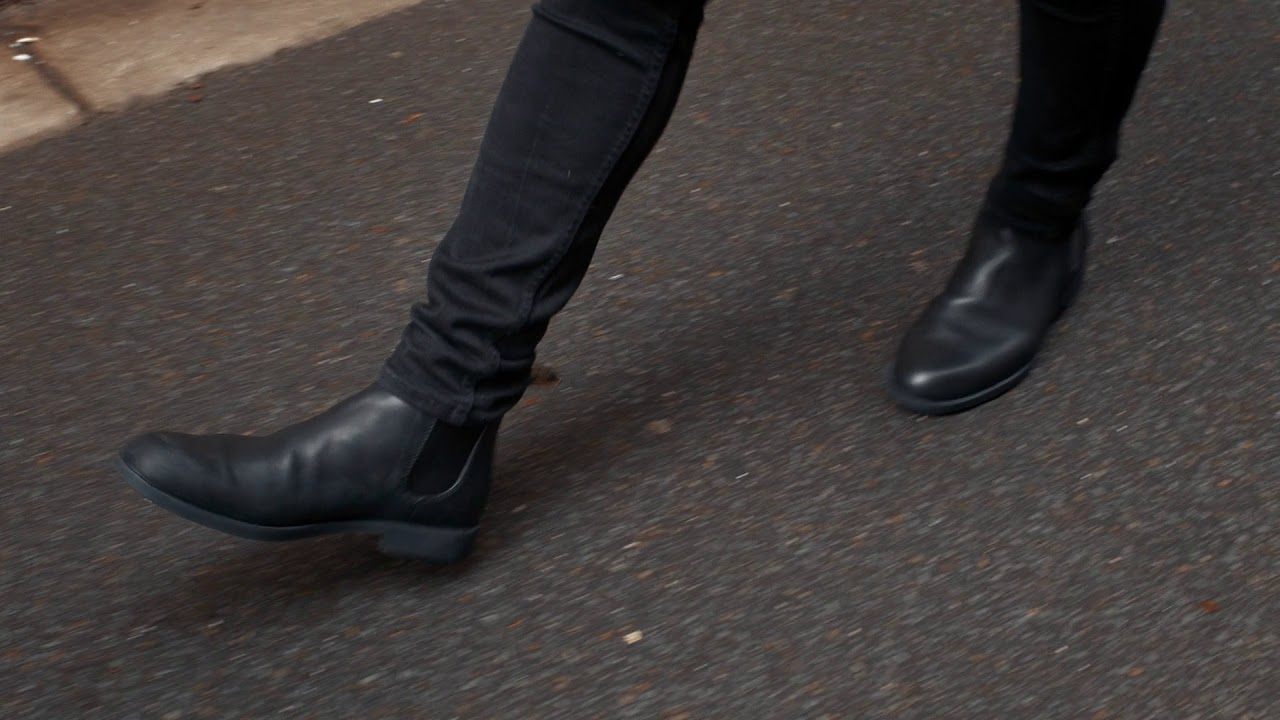 BLUNDSTONE 1901 BLACK PREMIUM LEATHER DRESS ANKLE BOOTS